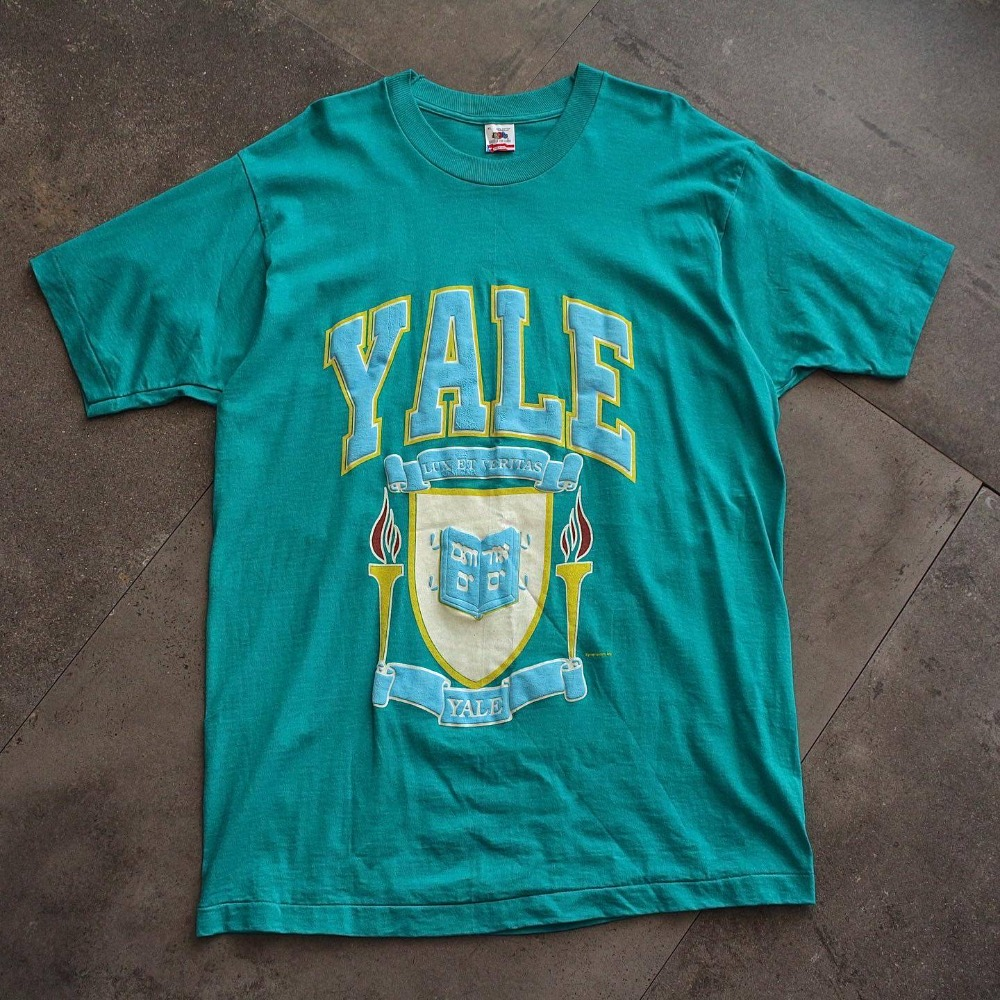 Rare 1980's Fruit of the Loom YALE Univ. T-Shirt (loose 105size)