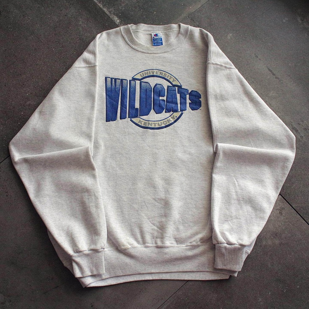 1990's Champion Kentucky Univ. Football Team SweatShirt (loose 105-110size)
